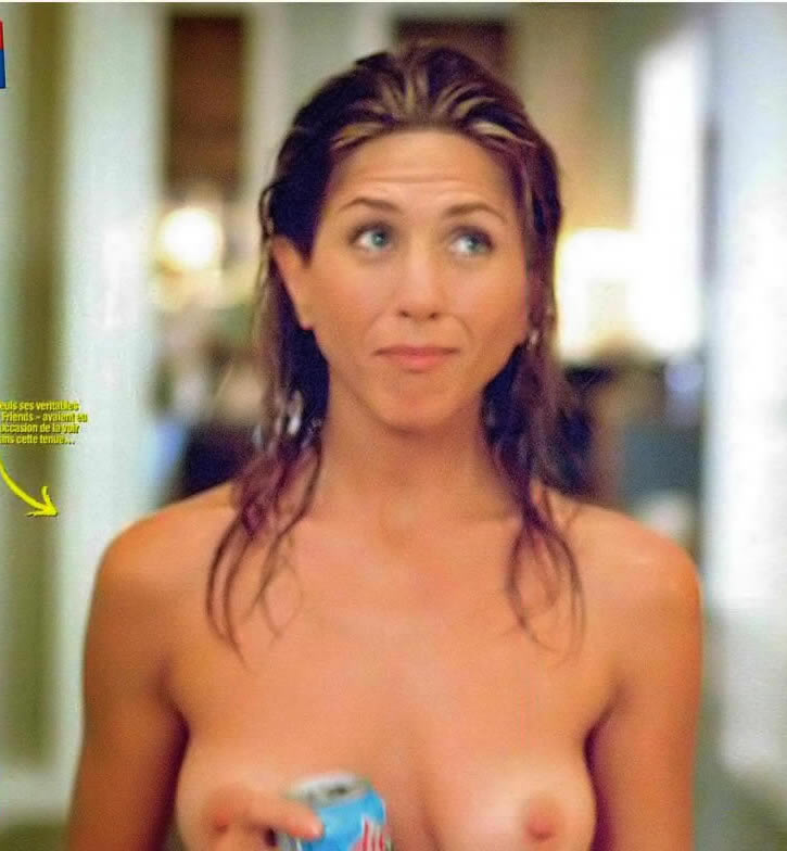 Jennifer Aniston Sure Likes To Show Off Her Perky Nipples