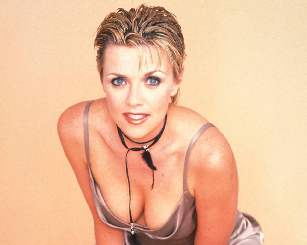 Sexy Amanda Tapping The Best Things In Life